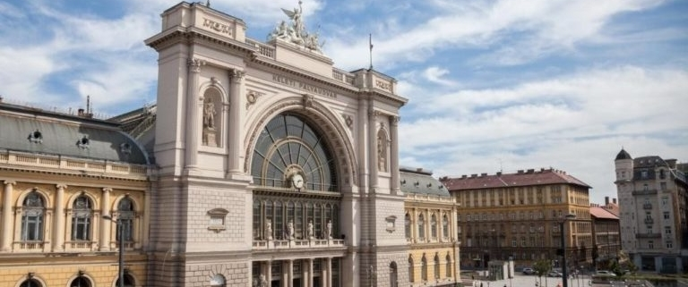 Photo of the Keleti Railway Station on Baross square, on the Pest side of the Hungarian capital city